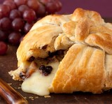 BAKED BRIE in PUFF PASTRY with CRANBERRY CHUTNEY