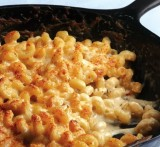 THE MOST AMAZING STOVETOP MAC N CHEESE RECIPE