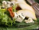 MIXED LEAF SALAD WITH WALNUTS and ROQUEFORT