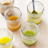 THE MAKING OF A VINAIGRETTE
